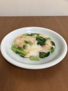 小松菜、米粉、干し海老のもっちり薬膳餅